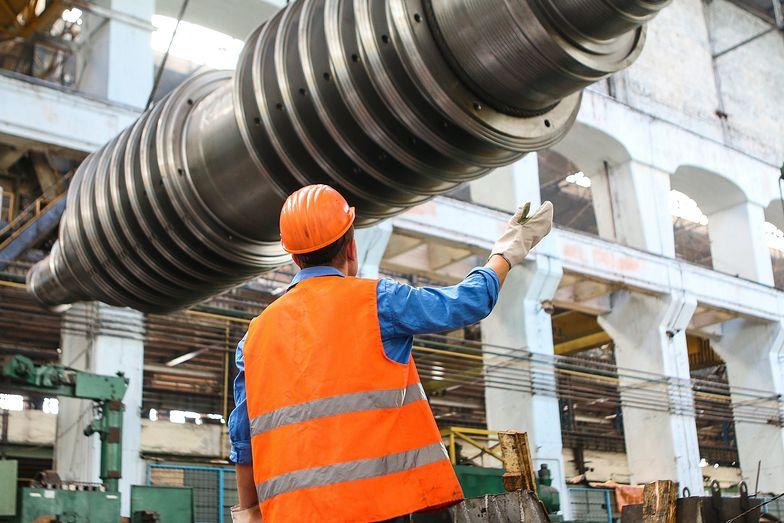 Przemysł wciska hamulec. GUS publikuje dane o polskiej produkcji