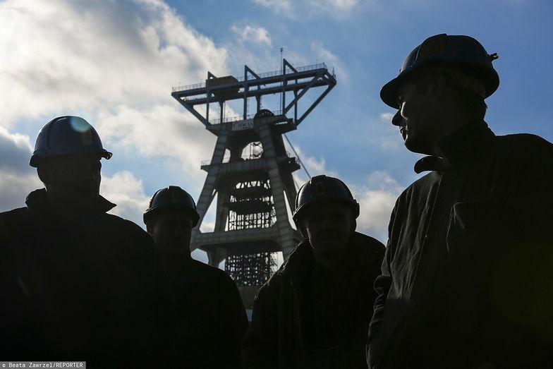 Zarobki w Polsce. Górnicy z JSW dostali kolejne podwyżki i jednorazowe premie