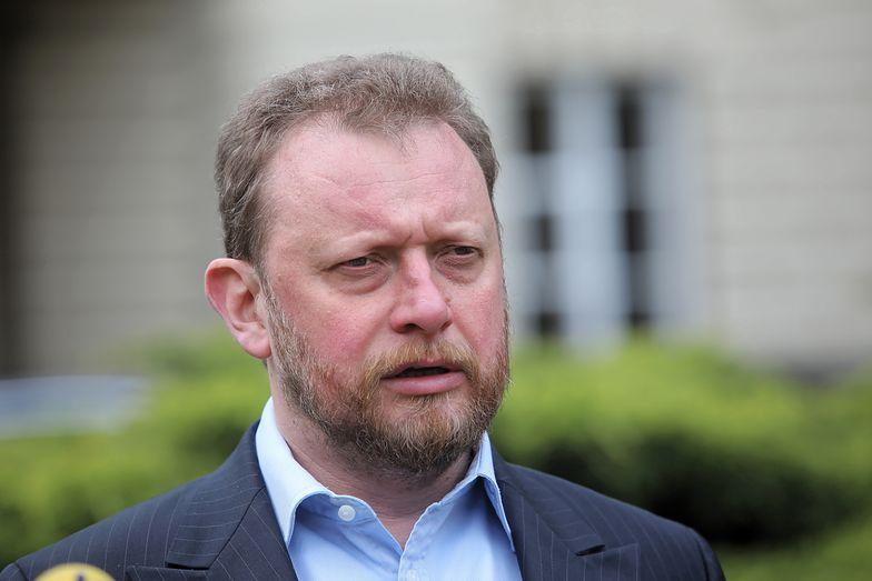 Minister zdrowia Łukasz Szumowski tłumaczy się z zakupu trefnych maseczek