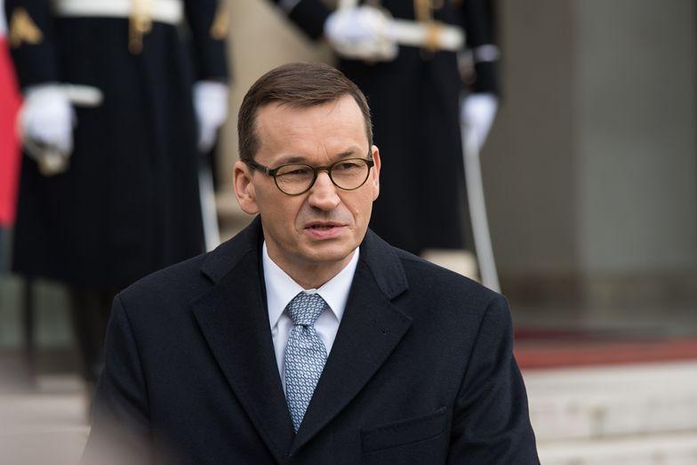 Morawiecki warty grube miliony. Tusk i Kaczyński daleko w tyle