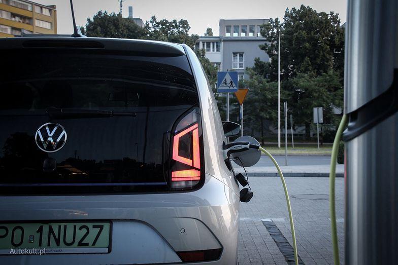 """Dopłaty do aut elektrycznych. """"Mój elektryk"""" to nowa odsłona"""