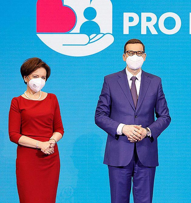 Polski Ład. 500 plus i trzynaste emerytury zostają. Pierwsze zmiany dla seniorów zapowiedziane na 2022 rok