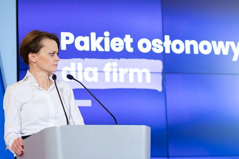 Jadwiga Emilewicz zapowiada kolejne rządowe pakiety.