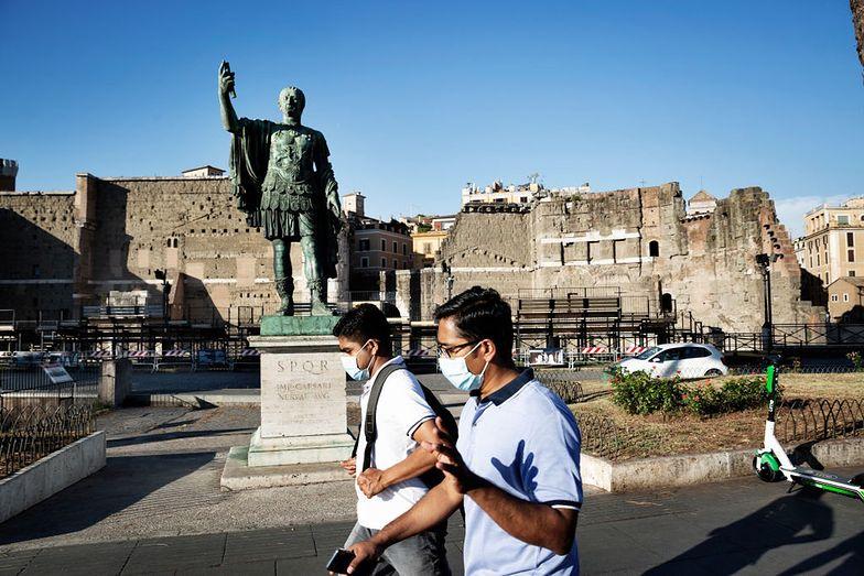 Włosi luzują obostrzenia, ale z rezerwą. Zniesienia godziny policyjnej na razie nie będzie