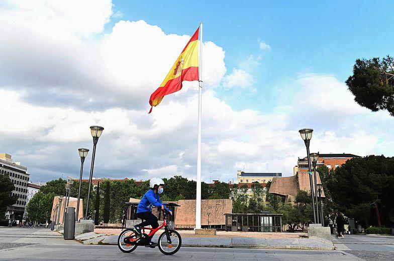Wzrost stopy bezrobocia w Hiszpanii ma związek z pandemią koronawirusa.