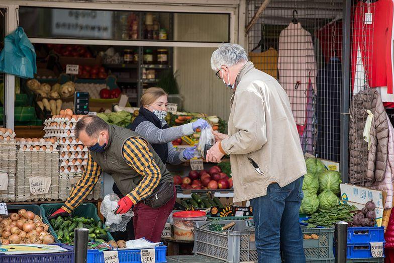 Inflacja pobiła kolejny rekord. Co napędza drożyznę?