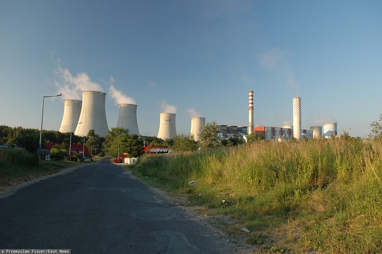 Węgiel z kopalni Turów zasila elektrownię o tej samej nazwie