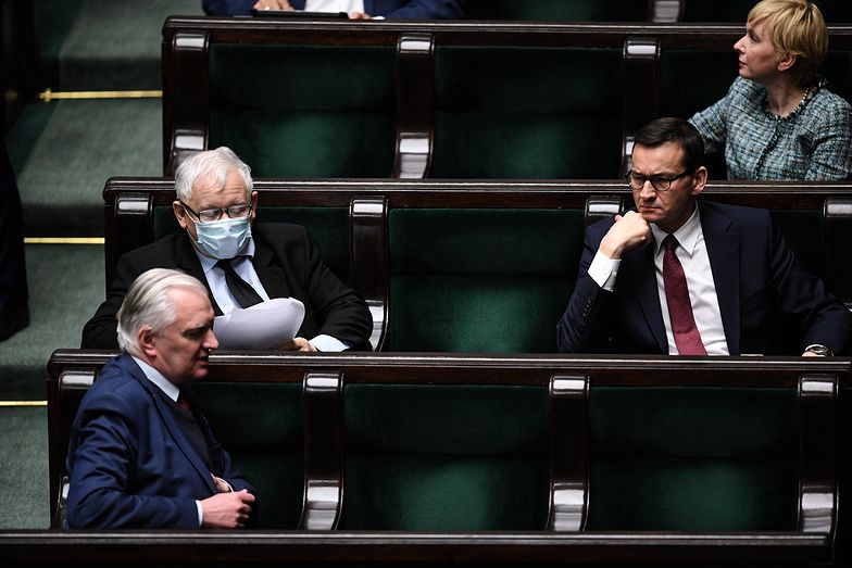 """Zasiada w rządzie i uderza w Polski Ład. """"Dlaczego mielibyśmy to popierać?"""""""