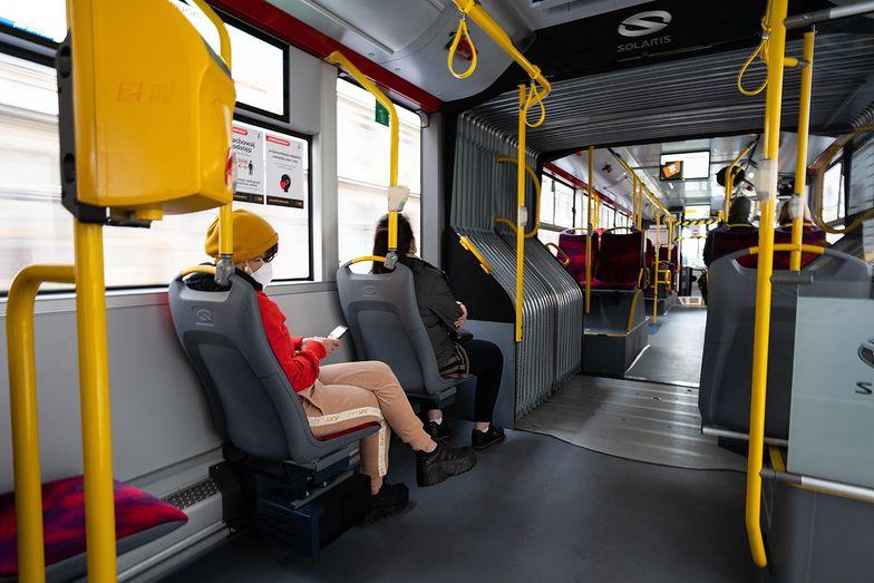 Coraz więcej pasażerów na gapę. Rekordzista ma do oddania niemal 126 tys. zł