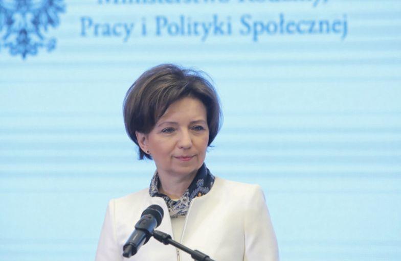 """Marlena Maląg zapewnia, że mikroprzedsiębiorcy będą mieć umarzane pożyczki """"z automatu""""."""