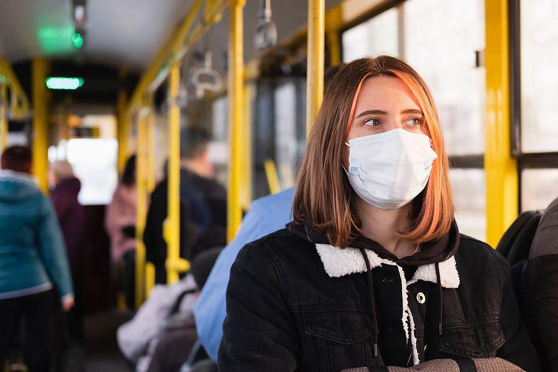 Maski z Teofilowa chronią Polaków. Czas do produktu przekonać Europę