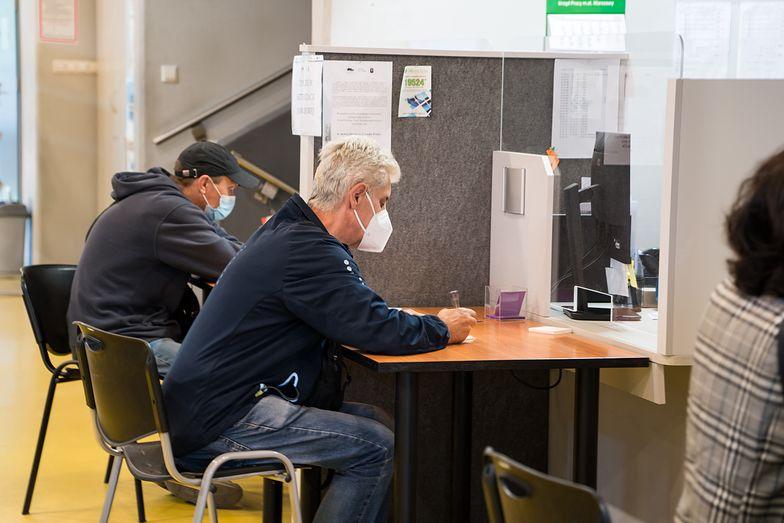 Bezrobocie w Polsce opiera się kryzysowi. Szósty miesiąc z rzędu bez zmian