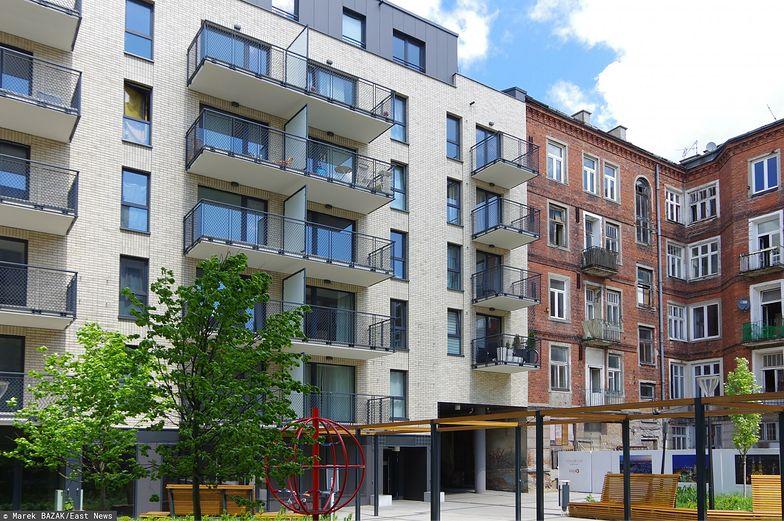 Ceny mieszkań biją rekordy, a deweloperzy nie nadążają z ofertą. Czy grozi nam bańka cenowa?