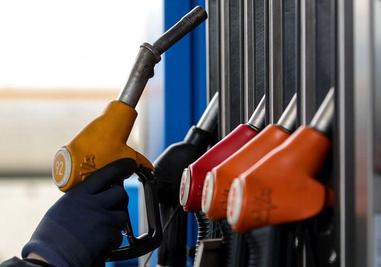 UOKiK: 1,37% losowych próbek paliw nie spełniło wymagań w 2019 r.