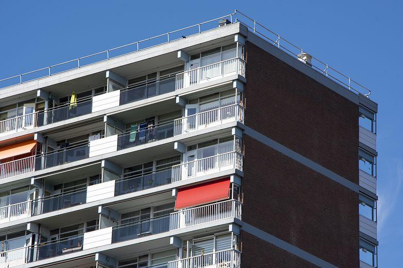 Ceny mieszkań. Ile metrów kupimy za przeciętną pensję?