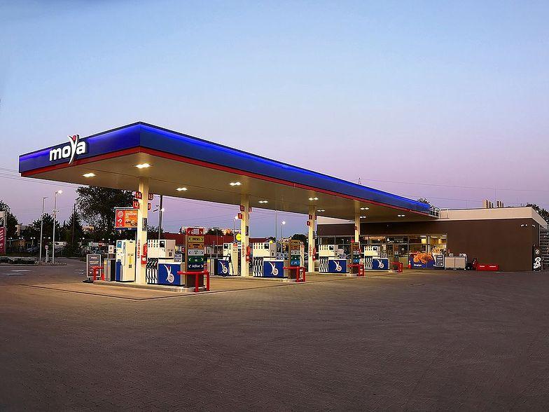 Anwim przejmuje sieć samoobsługowych stacji paliw eMILA