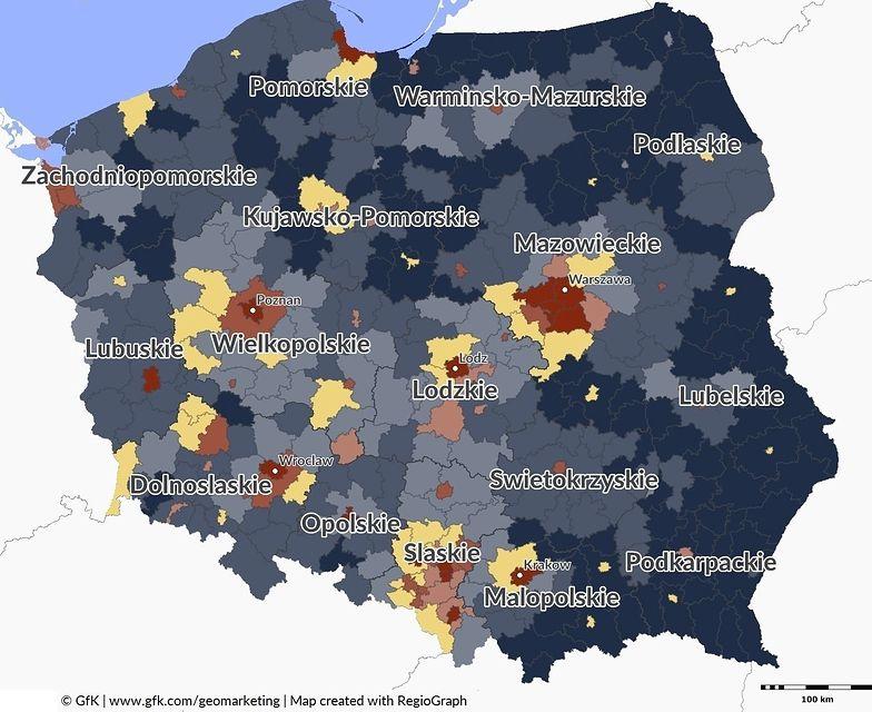 Mapa biedy i bogactwa. Pokazuje, ile Polacy naprawdę mają w portfelu