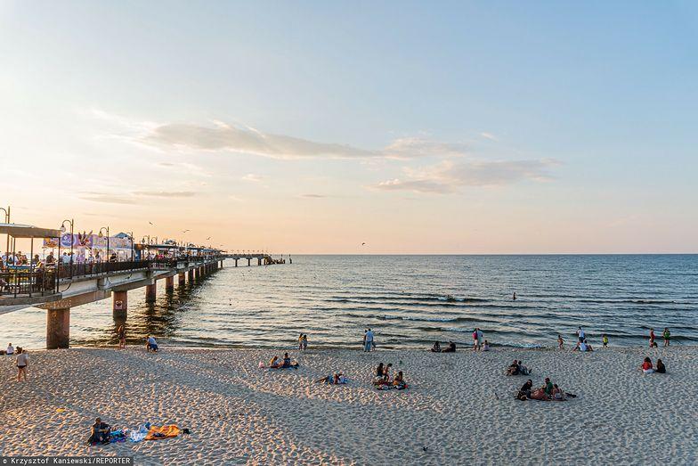 Międzyzdroje liczą na turystów. Wydały milion złotych na poszerzenie plaży