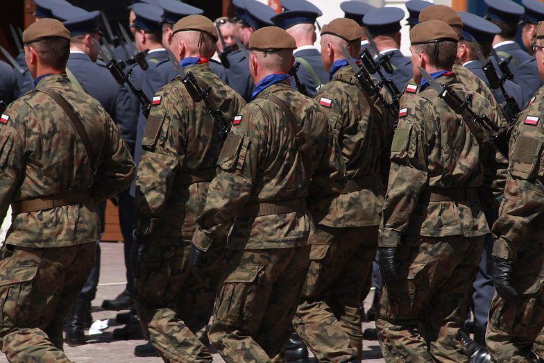 Rząd chce podwoić liczbę żołnierzy. Zapowiada nowy mechanizm