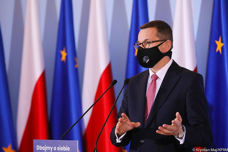 Nowe obostrzenia w Polsce. Premier: decyzje ogłosimy w środę
