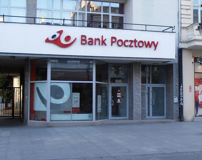 Bank Pocztowy i EnveloBank uruchomiły płatności za przejazd autostradami Autopay