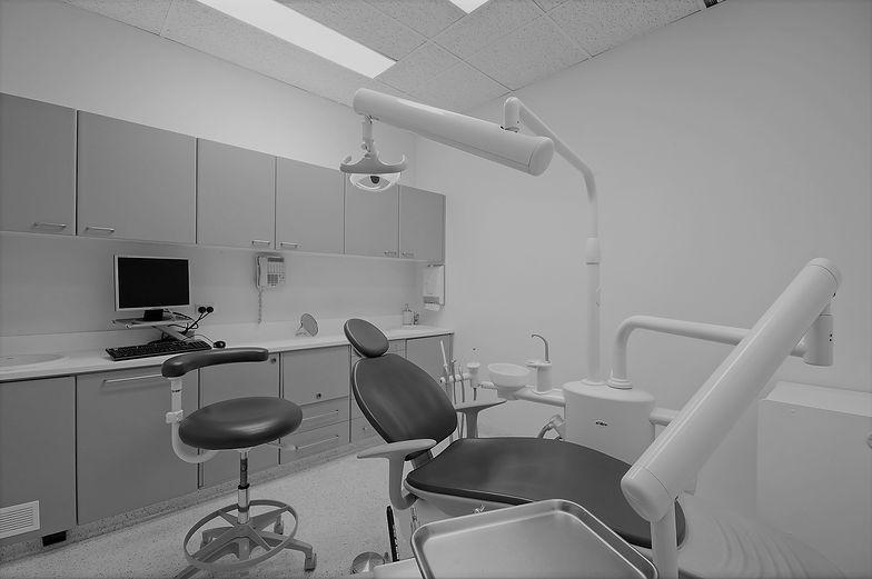 Za dentystów płacimy z własnej kieszeni. Państwo dokłada niewiele