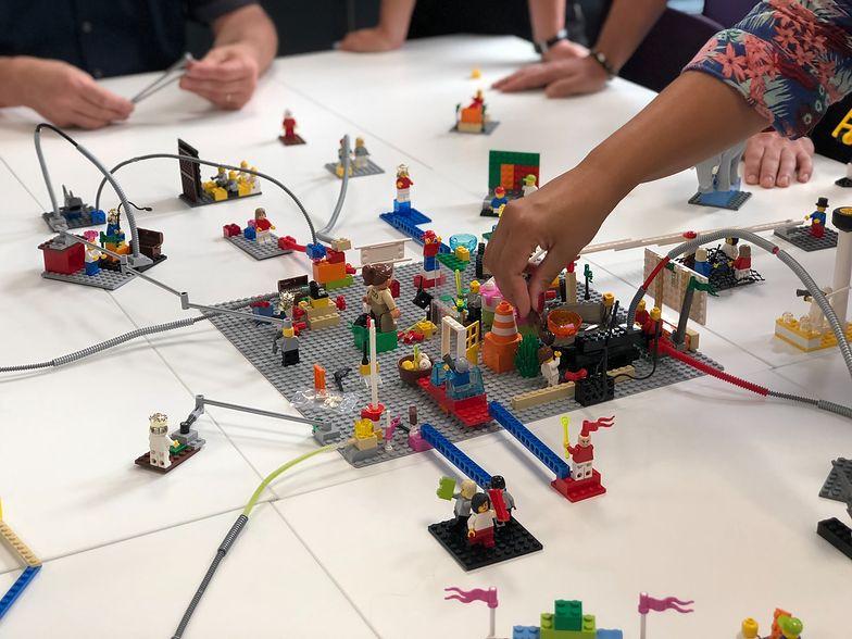 Zabawki Lego utrwalały szkodliwe stereotypy. Duńska firma ma nową misję