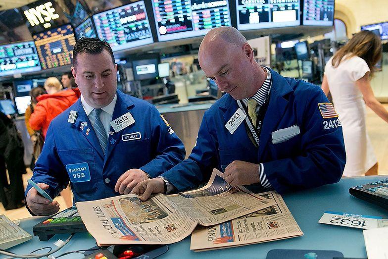 Inwestowanie w kryzysie. Eksperci podpowiadają strategie