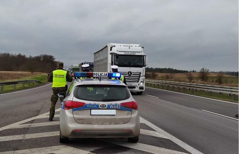 Kontrole na wewnętrznych granicach UE będą jedynie wyrywkowe.