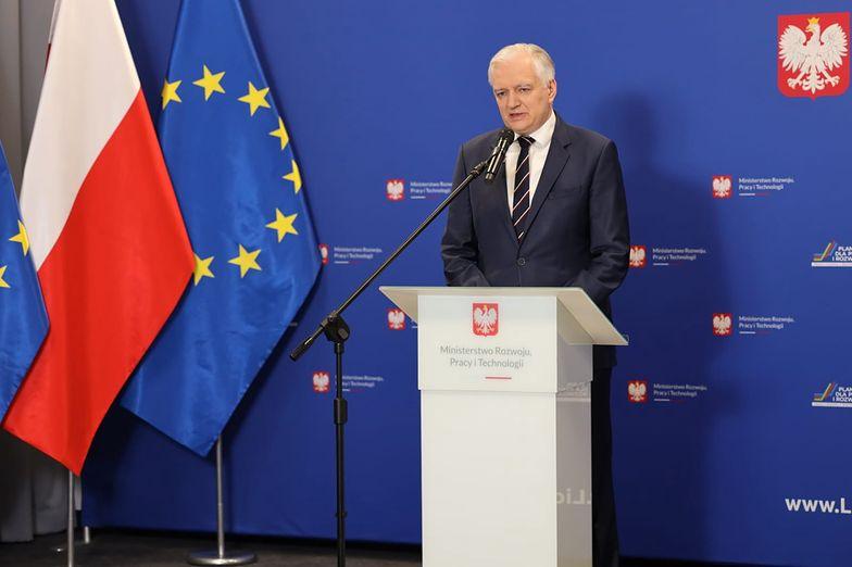 """Lex TVN. Kaczyński mówi o narkobiznesach. Gowin: """"Mieli 30 lat, żeby wejść do TVN i jakoś nie weszli"""""""