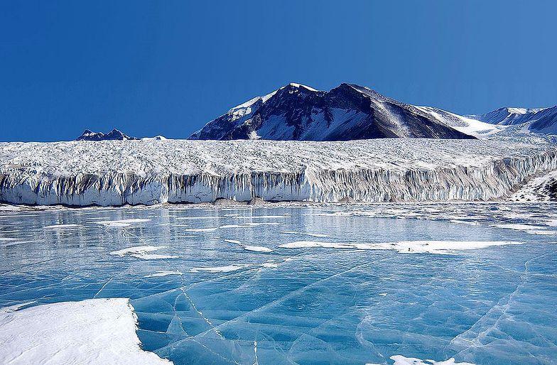 Ropa i gaz w Arktyce. UE chce zakazu wydobycia