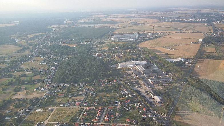Chcieli sprzedać 100 hektarów gruntów pod Poznaniem. Kupiec był szybki. To... archidiecezja