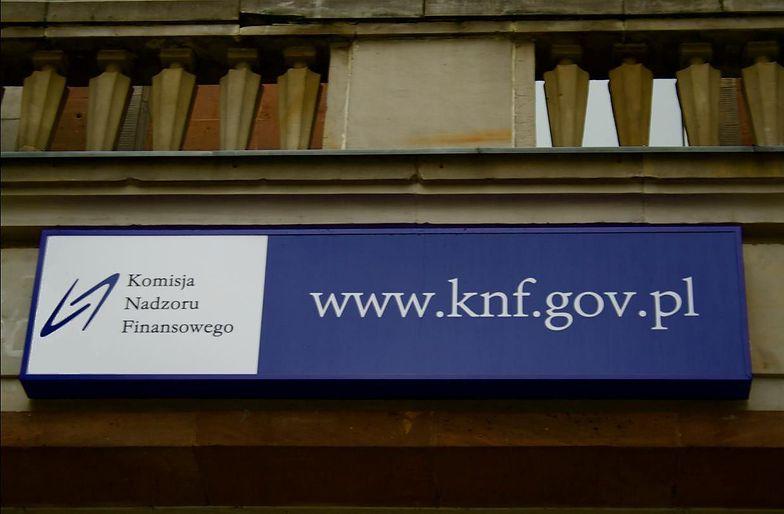 KNF ostrzega. Wpisała nowy podmiot na czarną listę