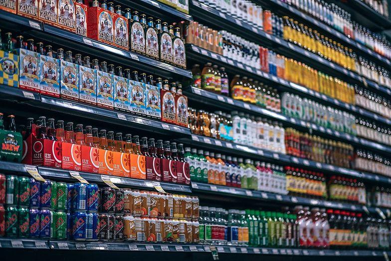 Producenci mają nadzieję, że ostatecznie podatek nałożony na napoje słodzone nigdy nie zacznie obowiązywać