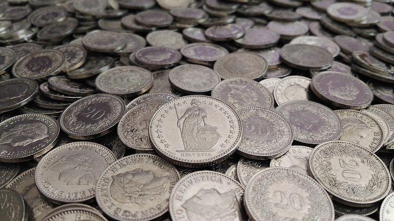 Kredyty frankowe. Banki przygotowują się do ugód i proszą NBP o pomoc