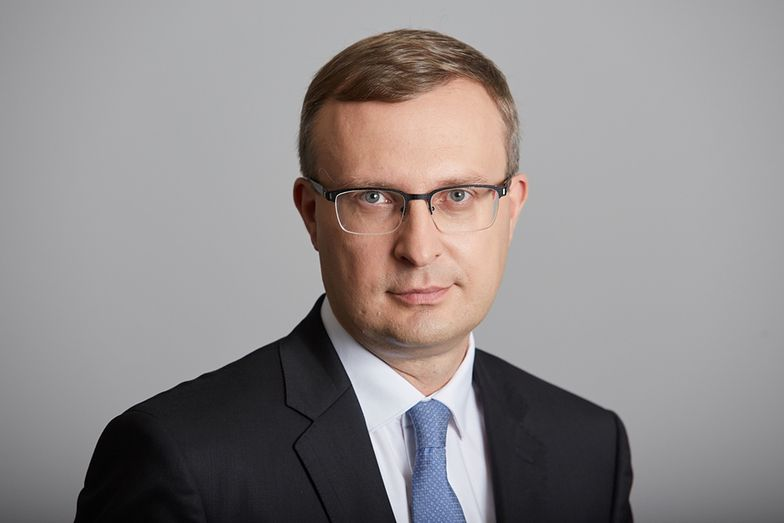 O realizacji tzw. tarczy finansowej mówi prezes PFR Paweł Borys.