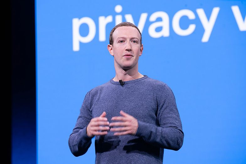 Zuckerberg triumfuje w sądzie. Kapitalizacja Facebooka przekroczyła bilion dolarów