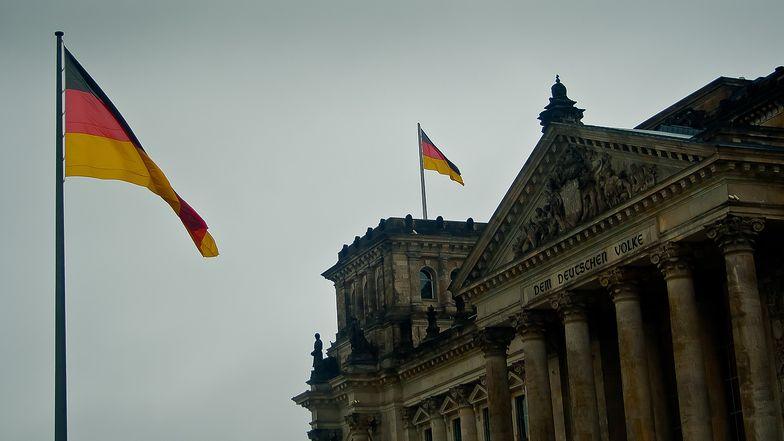 Wskaźnik PMI dla przemysłu Niemiec spadł do 57,1 pkt w I wg fin. danych