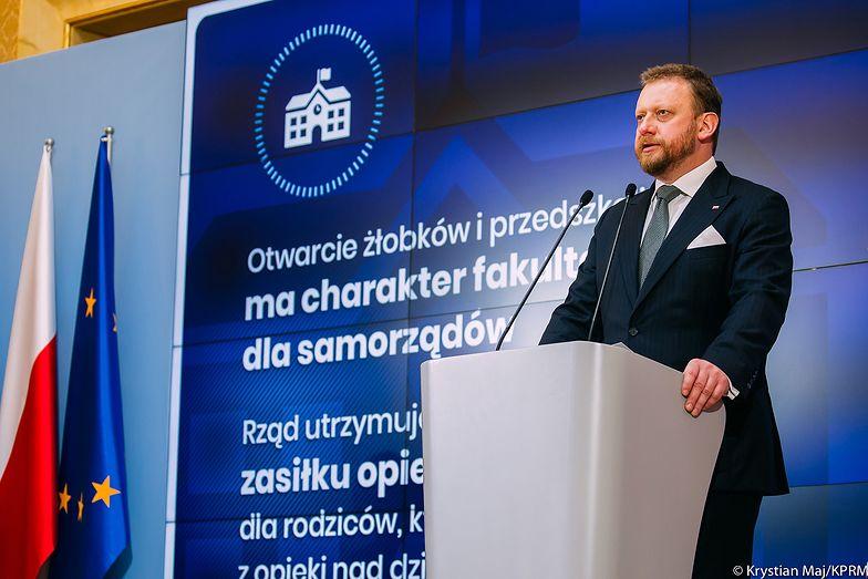 Szumowski: Będziemy rekomendować organizację wesel na max. 50 osób