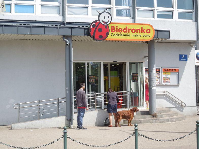 Właściciel Biedronki traci.