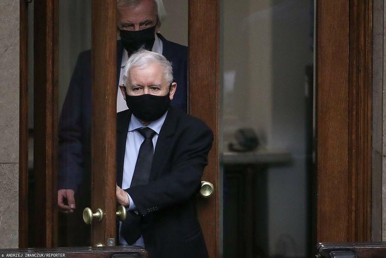 """Kaczyński broni Obajtka. """"Jest człowiekiem zapobiegliwym"""". Podał też trop, kto będzie następcą Jagiełły w PKO BP"""