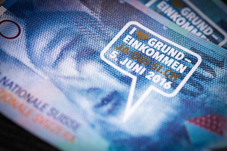 Frankowicze kosztowni dla banków. KNF szacuje cenę ugód z klientami