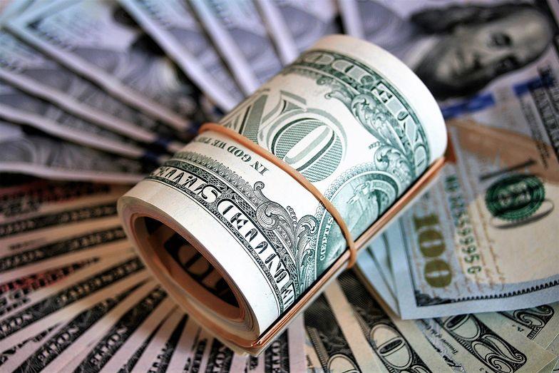Na rynek powraca optymizm. Kurs dolara spadł poniżej 4 zł.