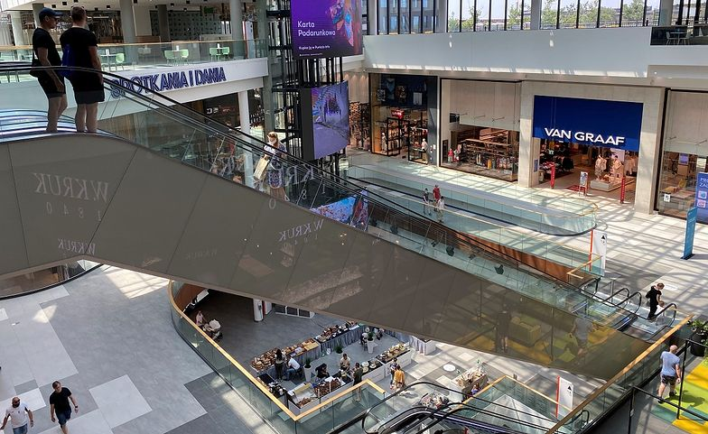 Galerie i centra handlowe świecą pustkami. Branża apeluje: znieśmy zakaz