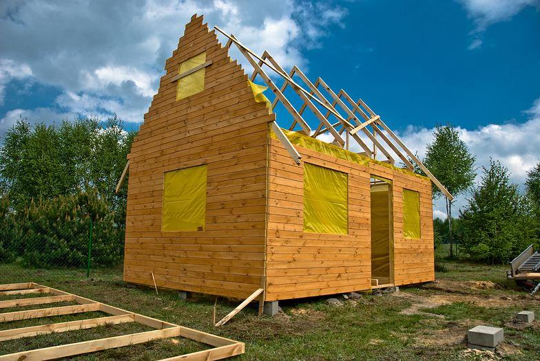 5 projektów domów do 70 m kw. powierzchni zabudowy. Możesz je postawić nawet za 130 tys. zł