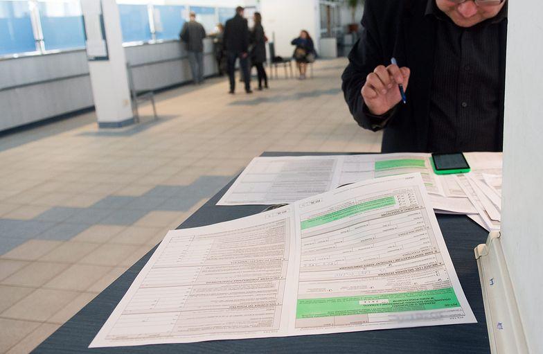 PIT 2021. Problem z formularzami dla ponad 3 mln Polaków. Ministerstwo Finansów przeprasza i naprawia błąd