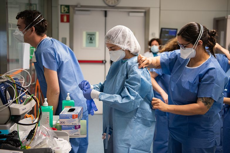 Lekarze idą na skargę do Banasia. Na szpitale, które nie wypłacają dodatku covidowego