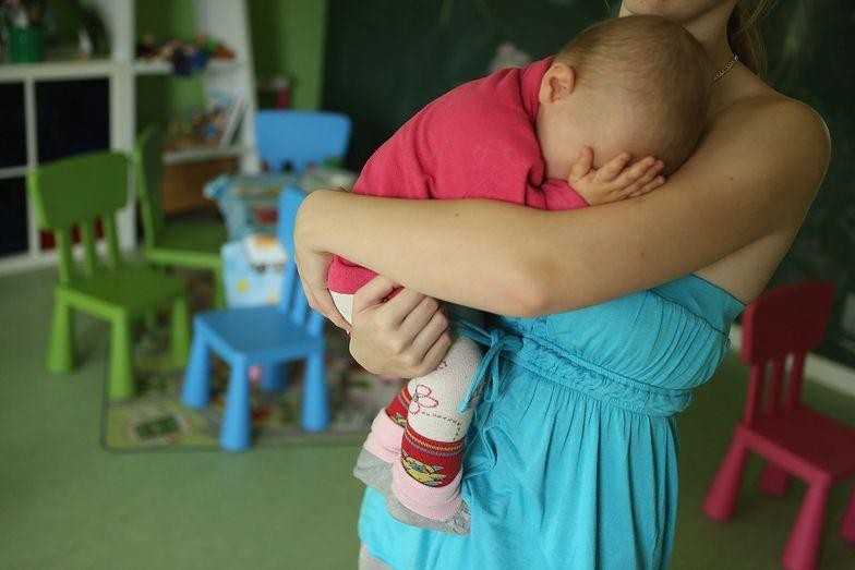 Tarcza antykryzysowa. Błąd prawny pozbawia rodziców zasiłku opiekuńczego
