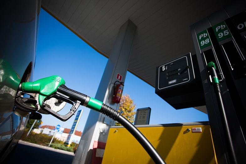 Ceny ropy pną się do góry. To już siódmy dzień nieprzerwanych wzrostów