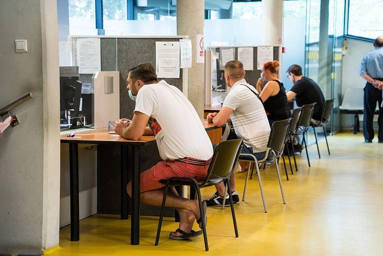 Bezrobocie grozi zwłaszcza młodym pracownikom czasowym. Polacy mają i tak o niebo lepiej niż Hiszpanie